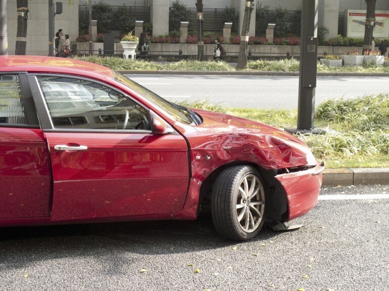 交通事故問題でお困りの方へ